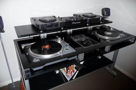 how to make the best dj booth for cheap. Black Bedroom Furniture Sets. Home Design Ideas