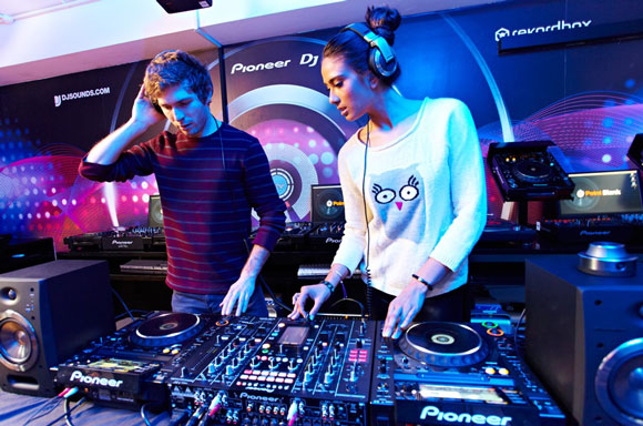 sign up for dj courses How DJ Courses Can Help Your Career
