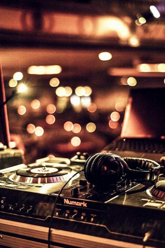 Upgrade DJ equipment
