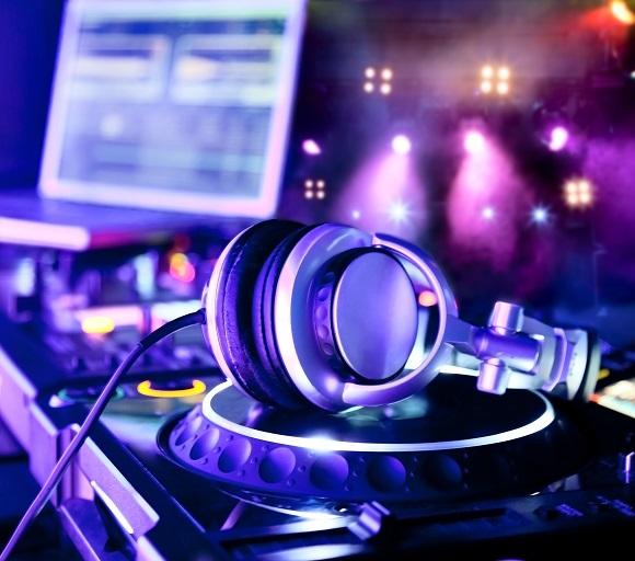 smush-create+DJ+mix